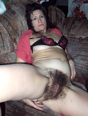 hairy pussy moms
