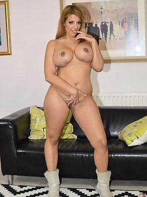 Porno video licking big clit