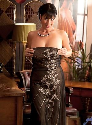 Moms Dress Porn Pictures