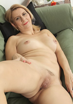 Hot old pussy