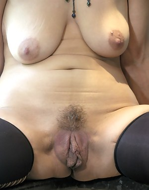 Naked old pussy pics