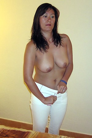 Mature pussy open