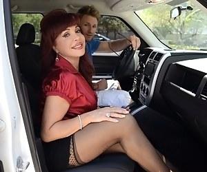 Smoking hot girls vergins having hard sexy sex