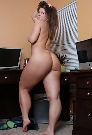 Hot naked moms