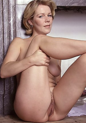 Gallery mom pussy Free mature