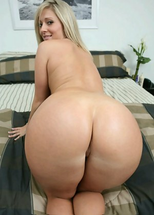 Hot naked moms big butt very valuable