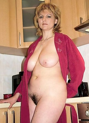 Moms Kitchen Porn Pictures