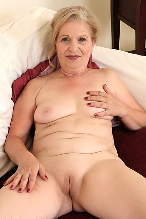 Older Pussy Gallery