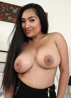 Big black women nude