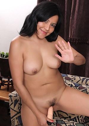 Busty latina lesbian xxx